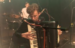 """KTU grupės """"MellowMonday"""" narys Edvinas Valaitis: užsispyręs įvaldžiau akordeoną, bosinę gitarą ir dar keletą kitų instrumentų"""